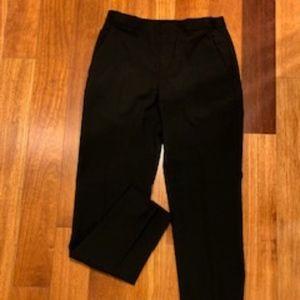 Uniqlo EZY Ankle-length pants in black